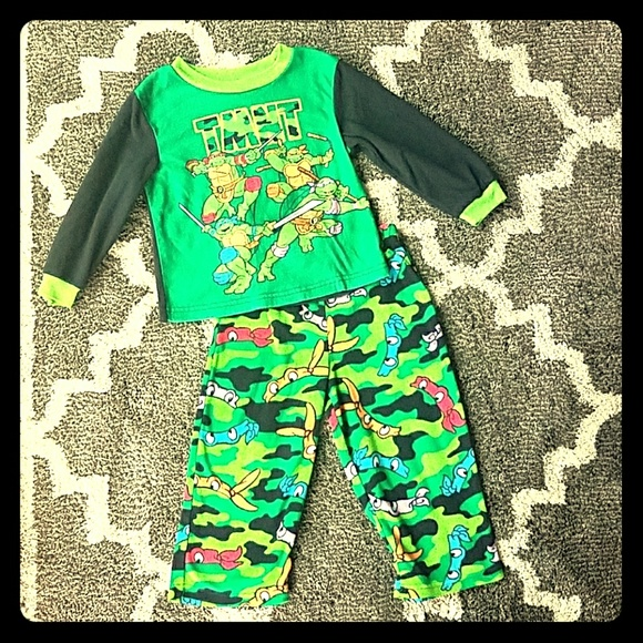 TMNT Teenage Mutant Ninja Turtles Pajama Pj Set Top Bottom Size 2t 3t 4t Boys